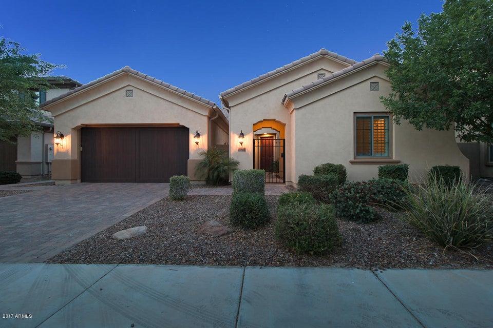 30 W TONTO Drive, Chandler, AZ 85248
