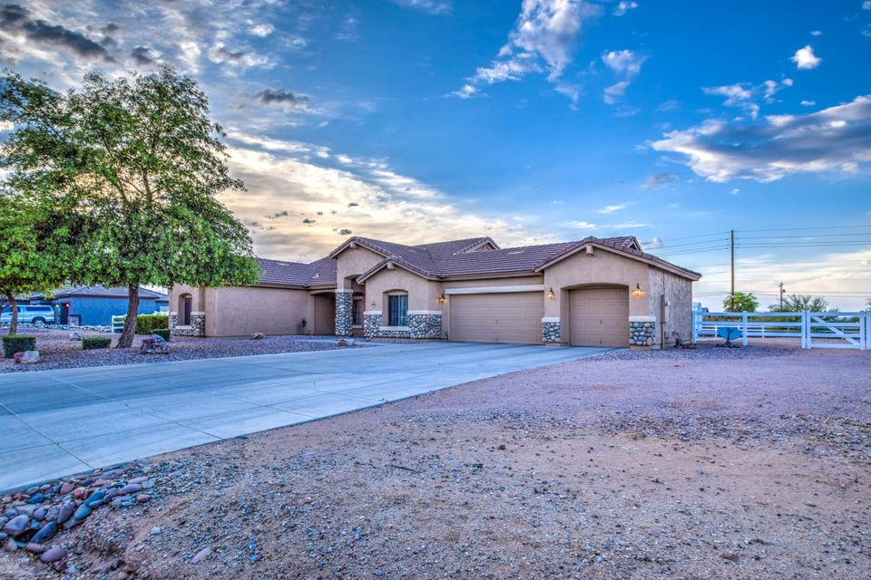 9556 W GOLDDUST Drive, Queen Creek, AZ 85142