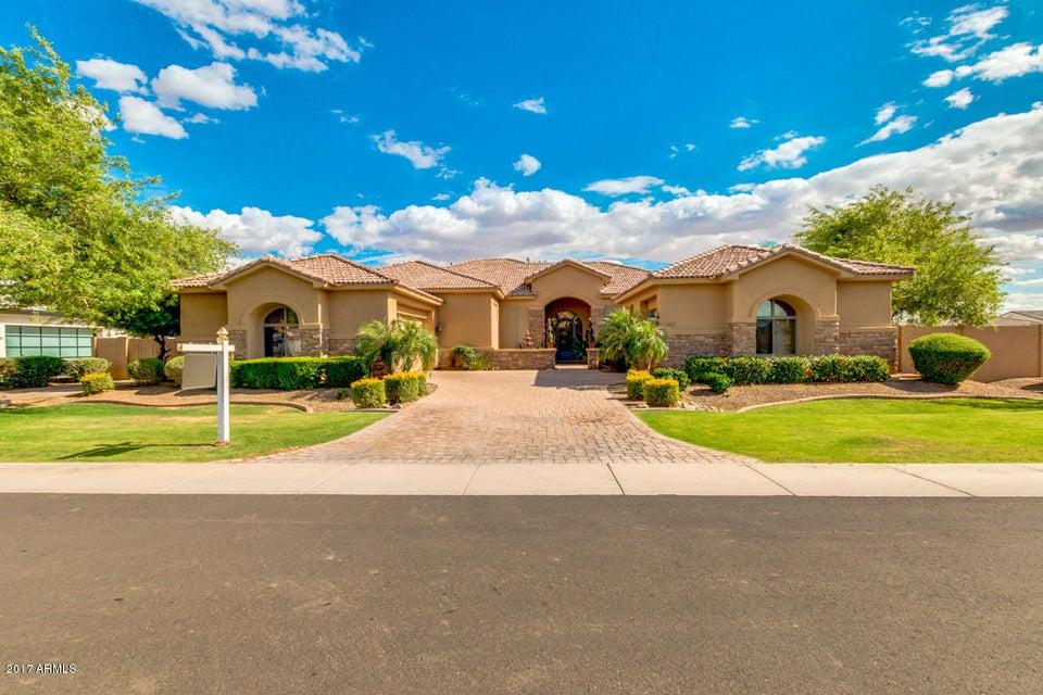 2815 E Carob Drive, Chandler, AZ 85286