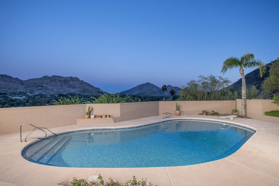 Additional photo for property listing at 8002 N 47th Street  Paradise Valley, Arizona,85253 United States