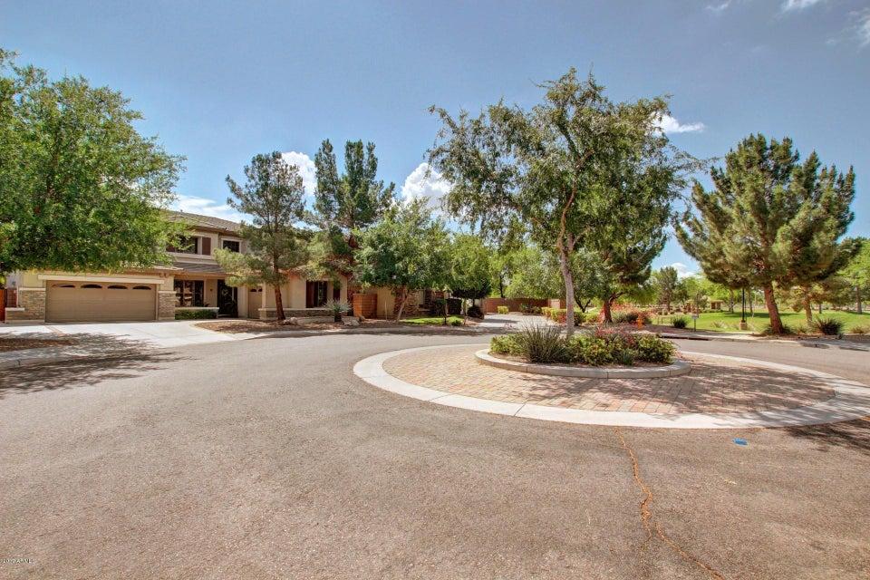 2223 S IOWA Place, Chandler, AZ 85286