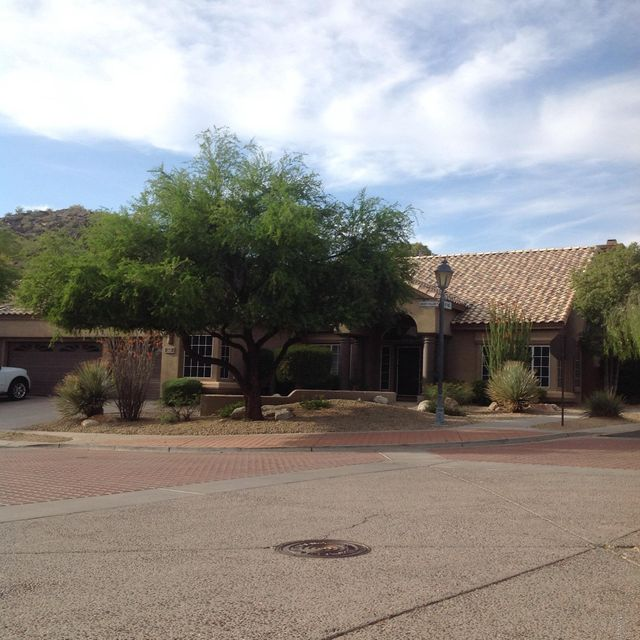 Photo of 2446 E DESERT WILLOW Drive, Phoenix, AZ 85048