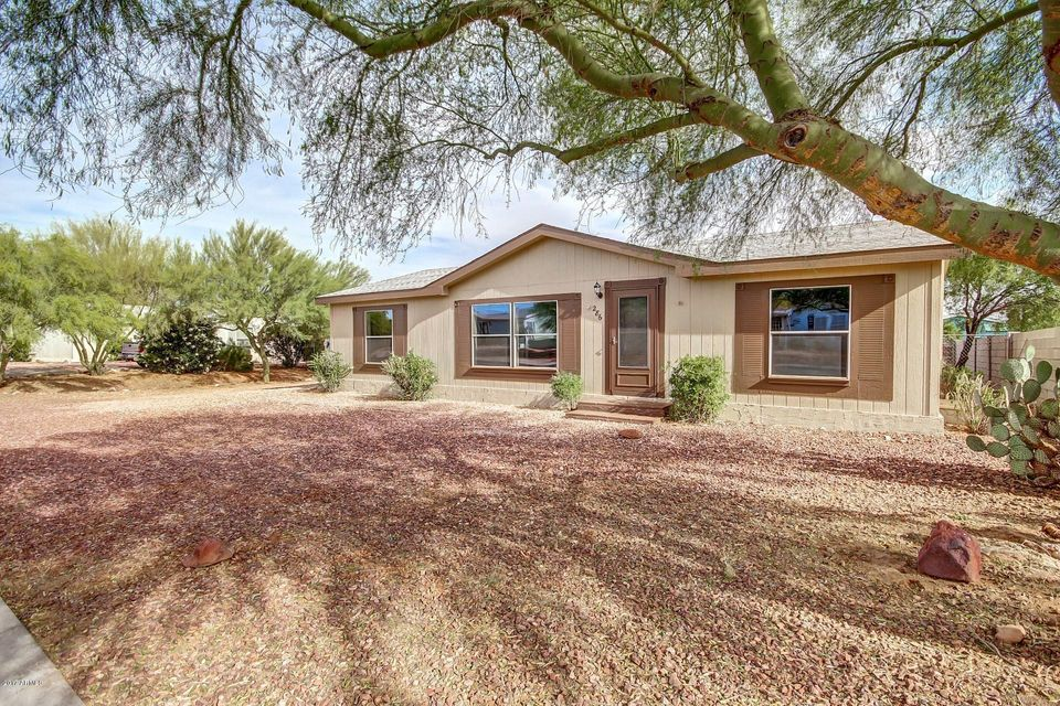 286 Gompers Circle, Morristown, AZ 85342