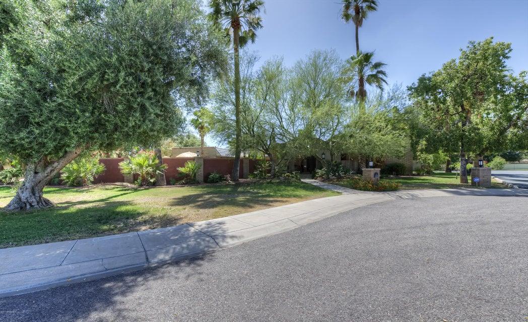8412 N 15TH Drive, Phoenix, AZ 85021