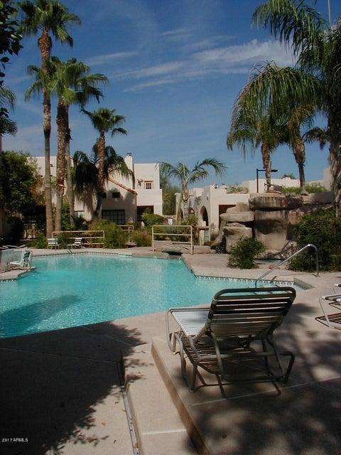 5665 W GALVESTON Street 32, Chandler, AZ 85226