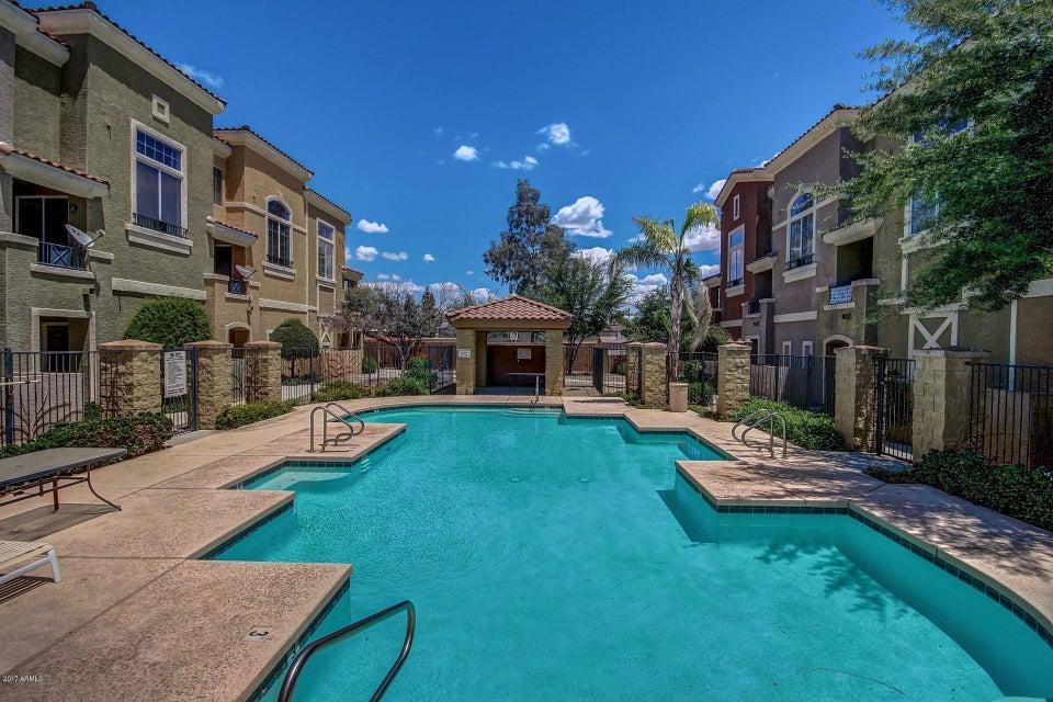 MLS 5606717 2450 W GLENROSA Avenue Unit 20, Phoenix, AZ Phoenix AZ Scenic