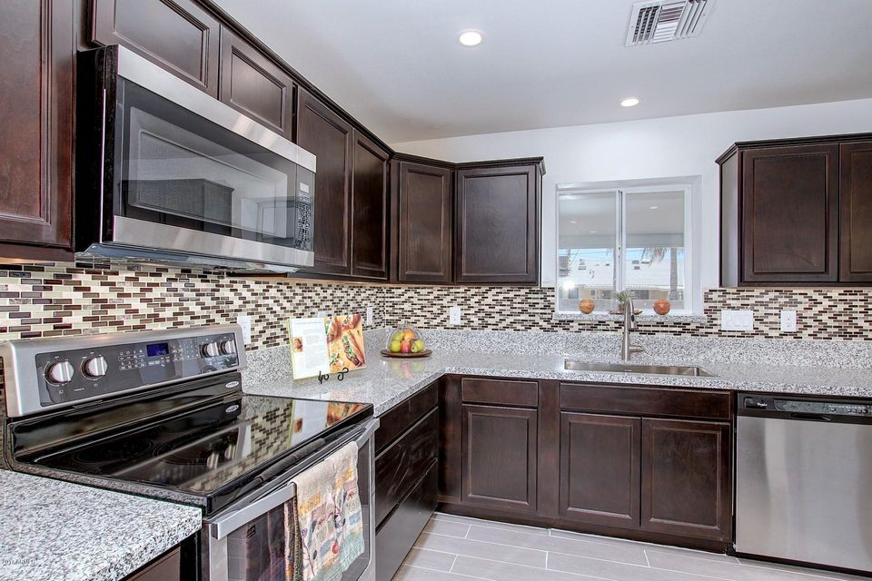 10719 W CONNECTICUT Avenue, Sun City, AZ 85351