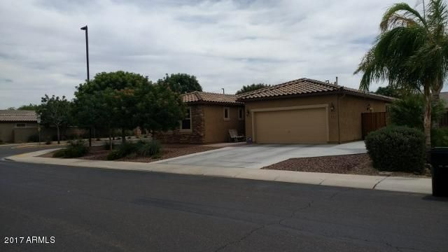 MLS 5607038 4711 S Leisure Way, Gilbert, AZ 85297 Gilbert AZ Layton Lakes