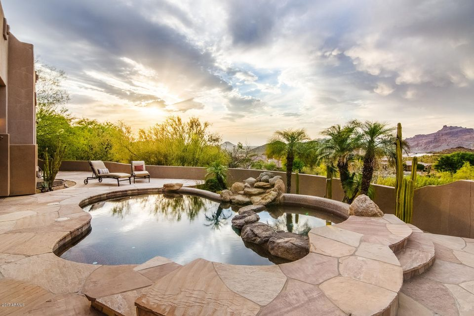 4317 N BRIGHTON Circle, Mesa, AZ 85207