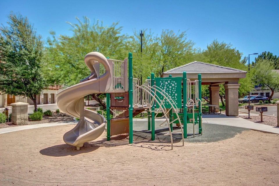 MLS 5607830 2727 N PRICE Road Unit 25, Chandler, AZ Chandler AZ Gated