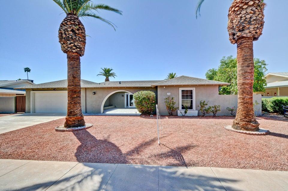 10238 W WHITE MOUNTAIN Road, Sun City, AZ 85351