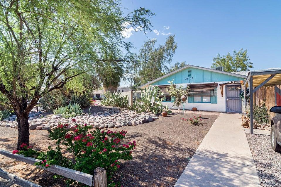 2502 E WILLETTA Street, Phoenix, AZ 85008