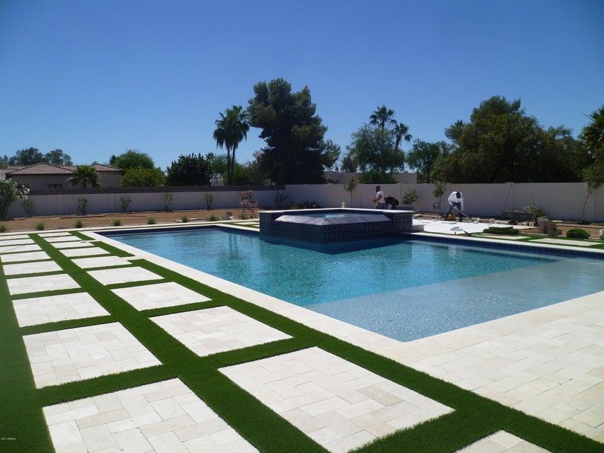 6015 E ONYX Avenue, Paradise Valley, AZ 85253
