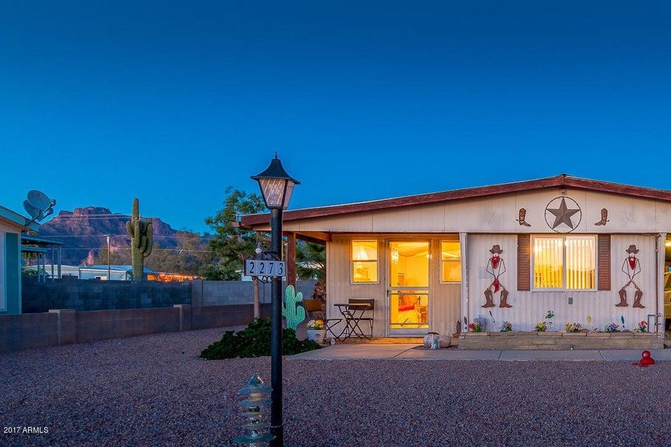2273 S DESCANSO Road, Apache Junction, AZ 85119
