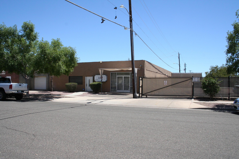 6817 N 55TH Drive, Glendale, AZ 85301