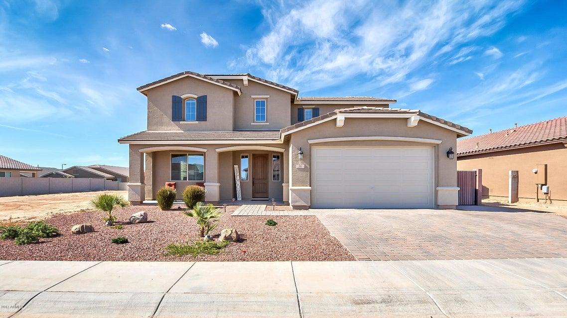 86 W WINTERBERRY Avenue, San Tan Valley, AZ 85140