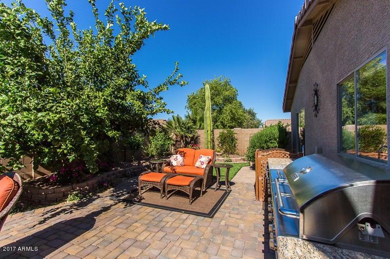 43806 W BEDFORD Drive, Maricopa, AZ 85138