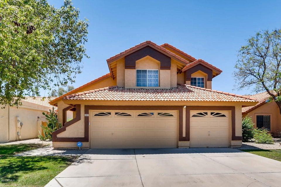 1213 W SANDMAN Drive, Gilbert, AZ 85233