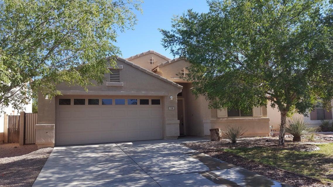 719 E KELSI Avenue, San Tan Valley, AZ 85140