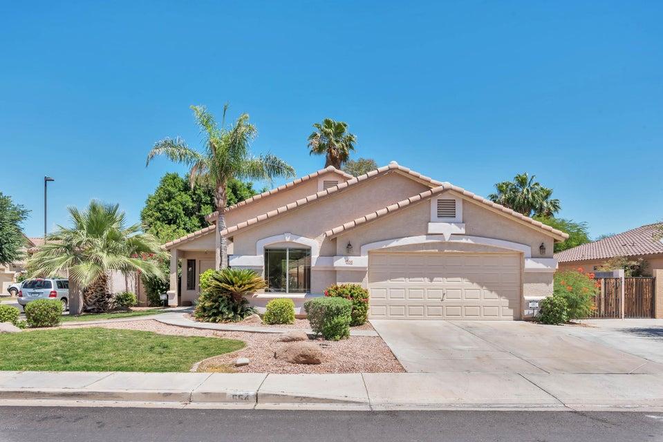 554 W DESERT Avenue, Gilbert, AZ 85233