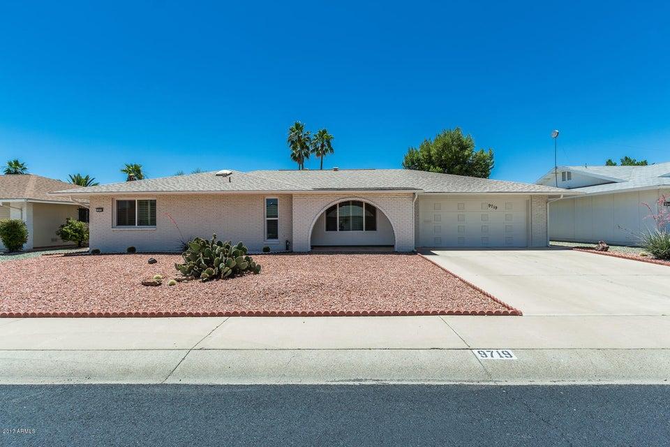 9719 W LINDGREN Avenue, Sun City, AZ 85373