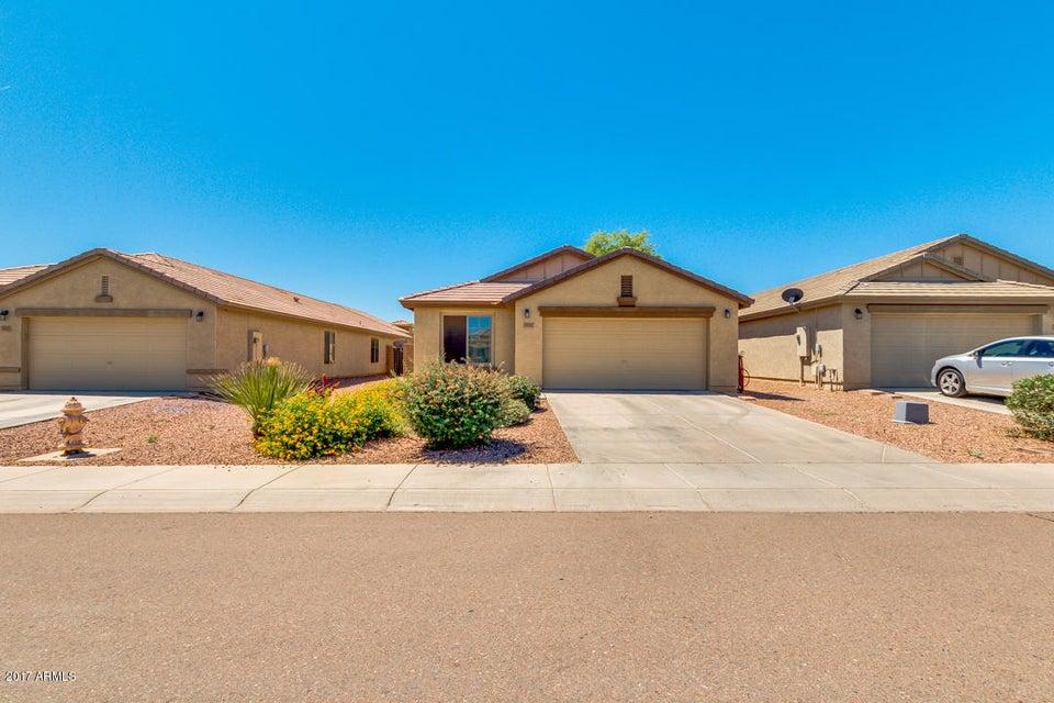 999 W DESERT HILLS Drive, San Tan Valley, AZ 85143