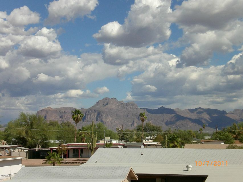 MLS 5609197 537 S DELAWARE Drive Unit 230, Apache Junction, AZ Apache Junction AZ Condo or Townhome