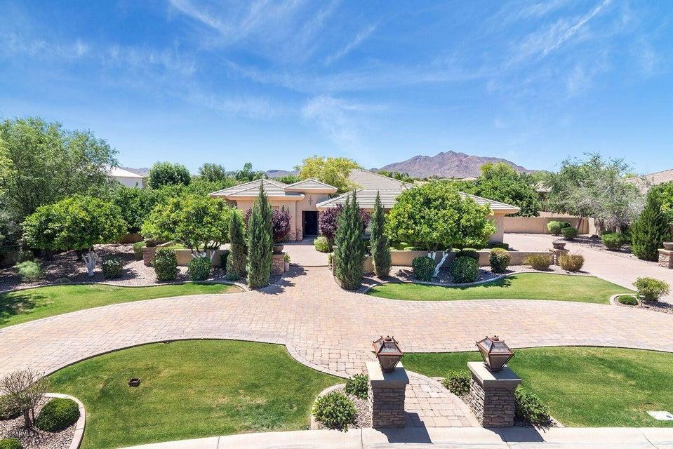 4677 E COLLINWOOD Drive, Gilbert, AZ 85298