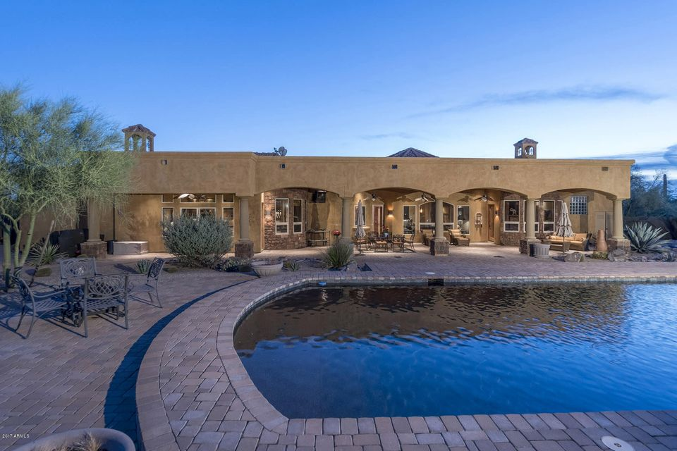 Additional photo for property listing at 40409 N Echo Canyon Drive 40409 N Echo Canyon Drive Cave Creek, Arizona,85331 United States
