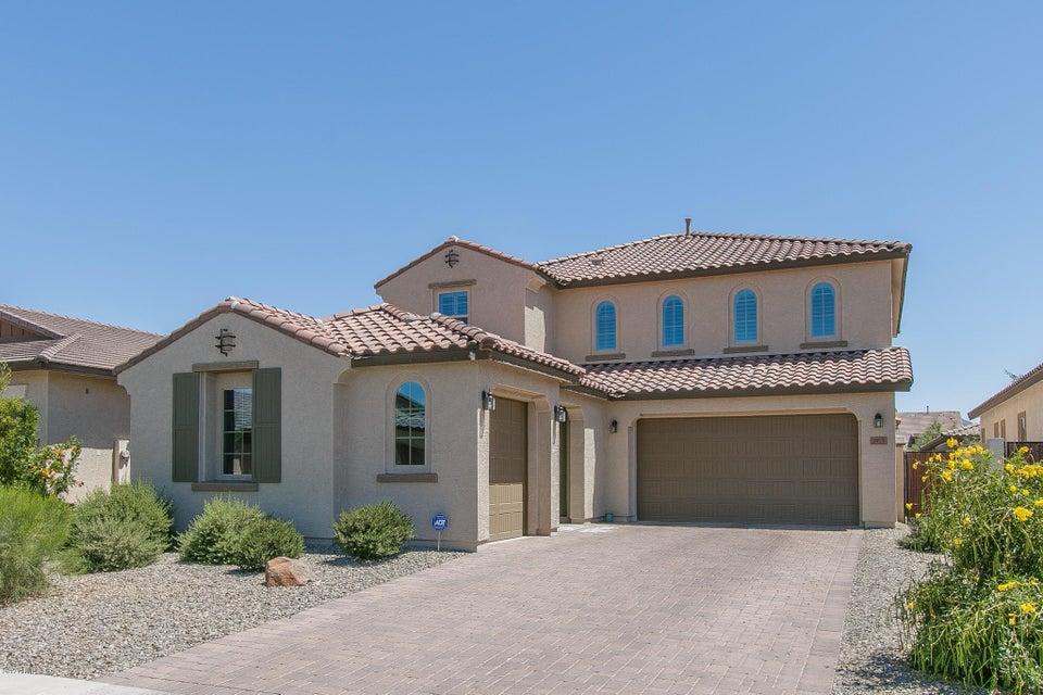 3919 E RAKESTRAW Lane, Gilbert, AZ 85298