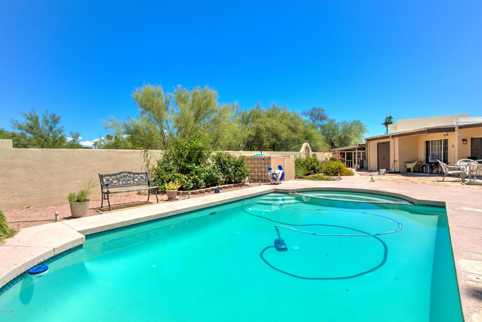 MLS 5568918 14223 N HAWTHORN Court Unit A, Fountain Hills, AZ 85268 Fountain Hills AZ Short Sale