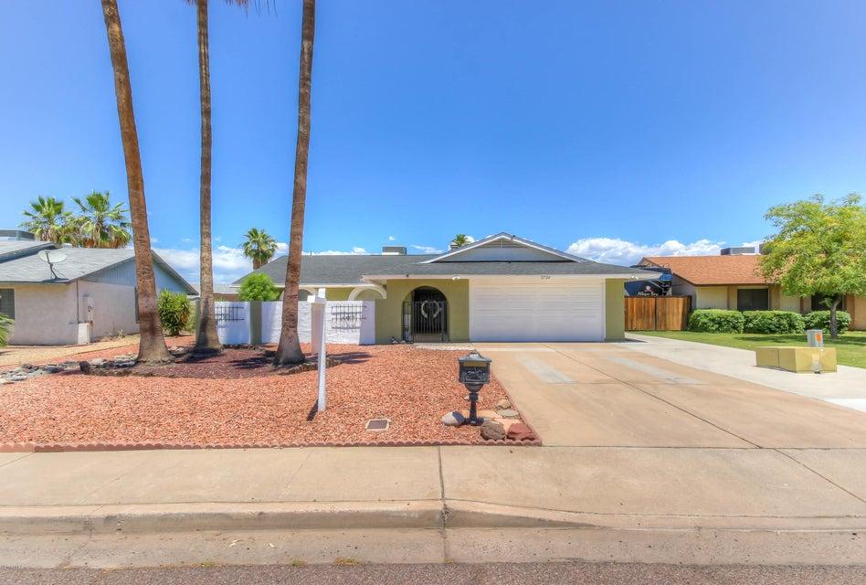 5734 W GROVERS Avenue, Glendale, AZ 85308