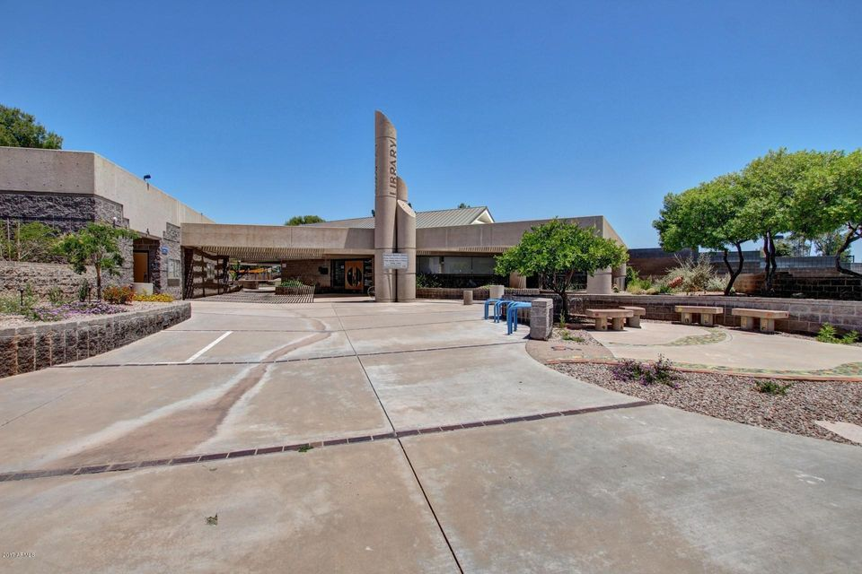 MLS 5608416 2334 W CALLE IGLESIA Avenue, Mesa, AZ Mesa AZ Waterfront