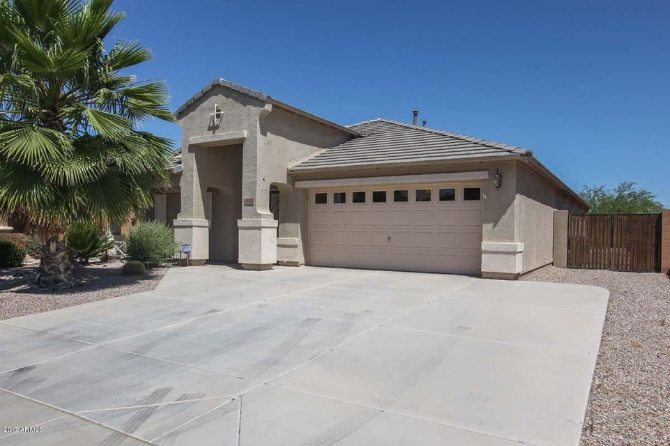 1670 E DEBBIE Drive, San Tan Valley, AZ 85140