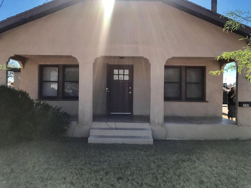 551 S MESA Drive, Mesa, AZ 85210