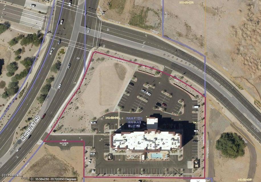 1825 N HIGLEY Road N, Gilbert, AZ 85234
