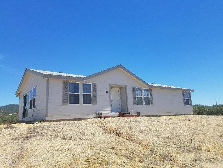 8135 W FLINT Drive, Wilhoit, AZ 86332