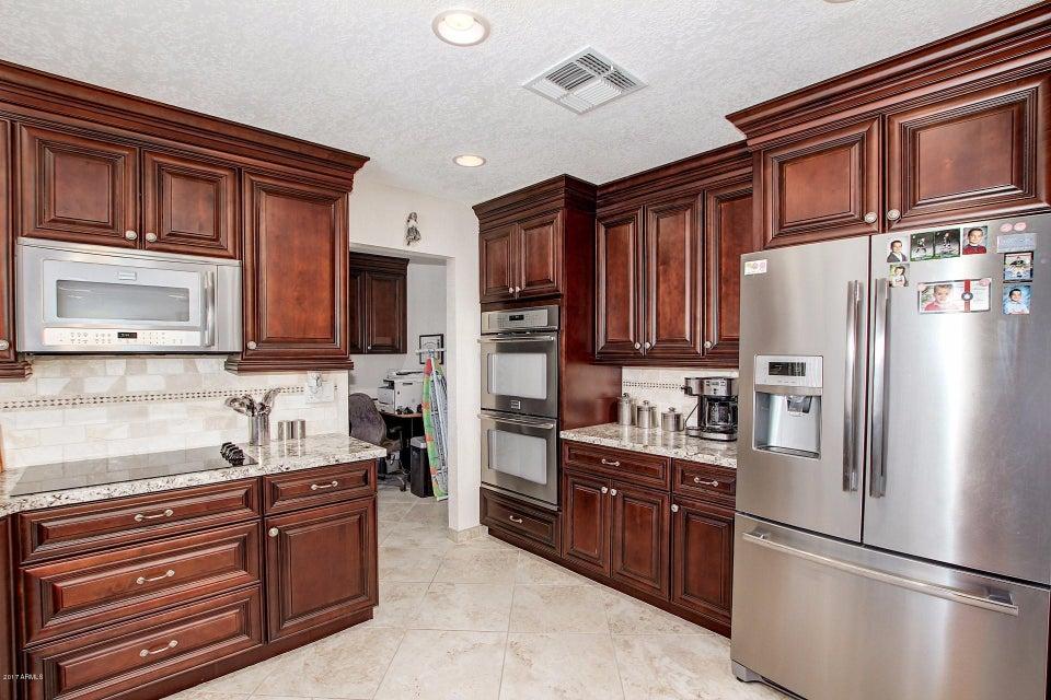 17024 N 31 st Avenue, Phoenix, AZ 85053