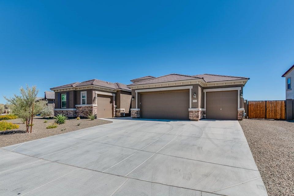 3751 W TERESA Drive, New River, AZ 85087