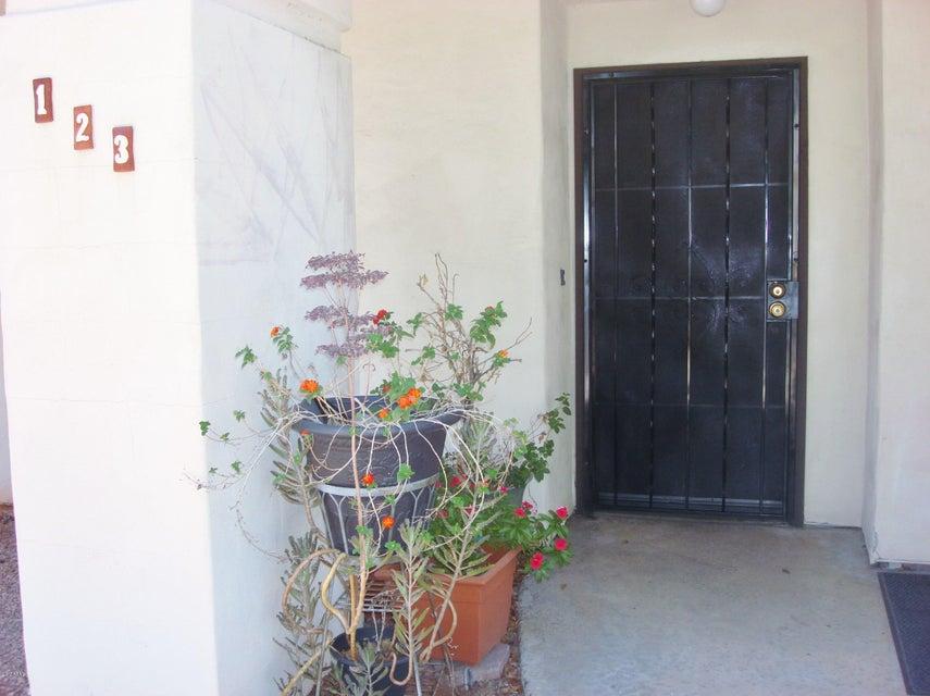 2201 W UNION HILLS Drive 123, Phoenix, AZ 85027