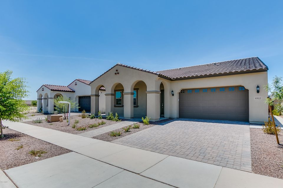 4922 N 207TH Lane, Buckeye, AZ 85396