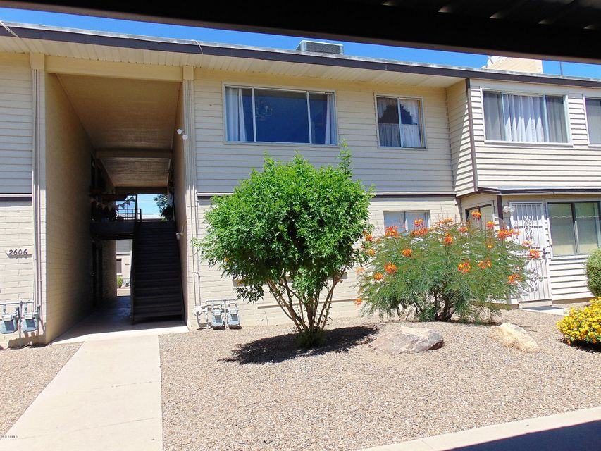 2606 W Berridge Lane C-205, Phoenix, AZ 85017