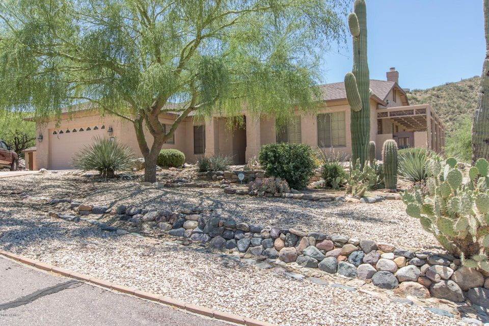18665 E AGUA Vista, Black Canyon City, AZ 85324