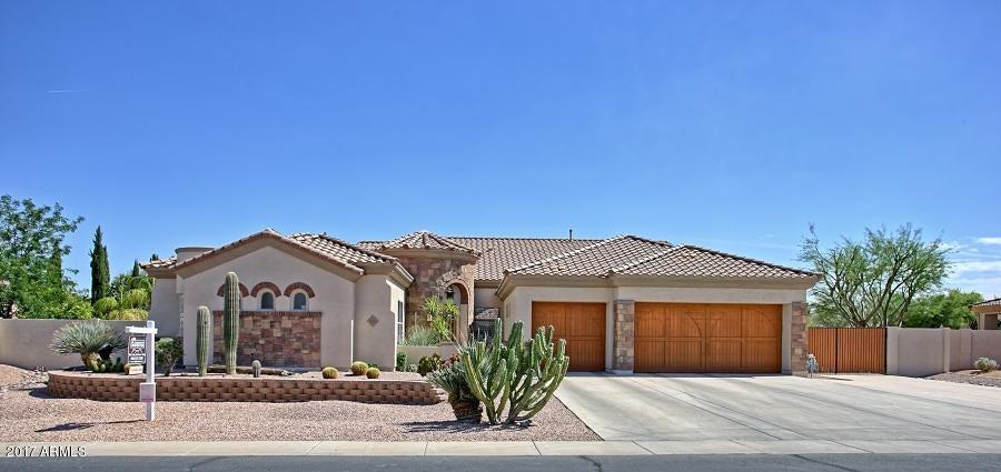 815 E COUNTY DOWN Drive, Chandler, AZ 85249