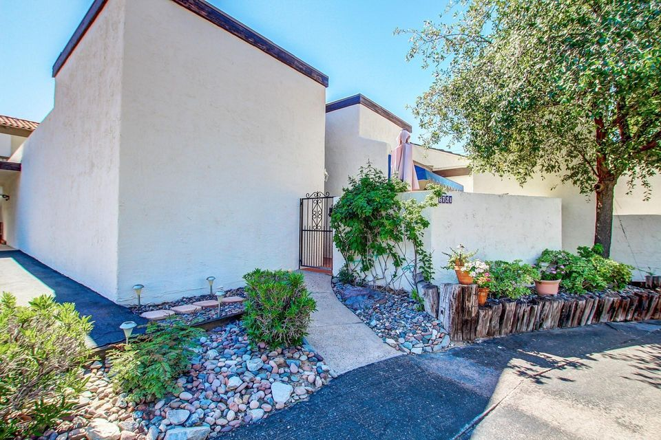 6721 N 16th Place, Phoenix, AZ 85016