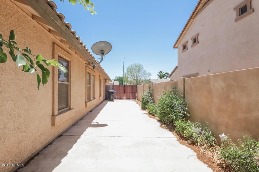 MLS 5607113 796 E BLUE RIDGE Way, Chandler, AZ 85249 Chandler AZ Bank Owned