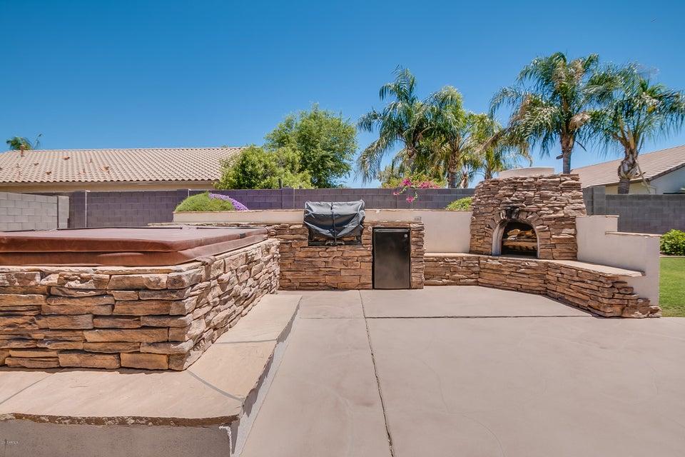 2253 S NIELSON Street Gilbert, AZ 85295 - MLS #: 5611292