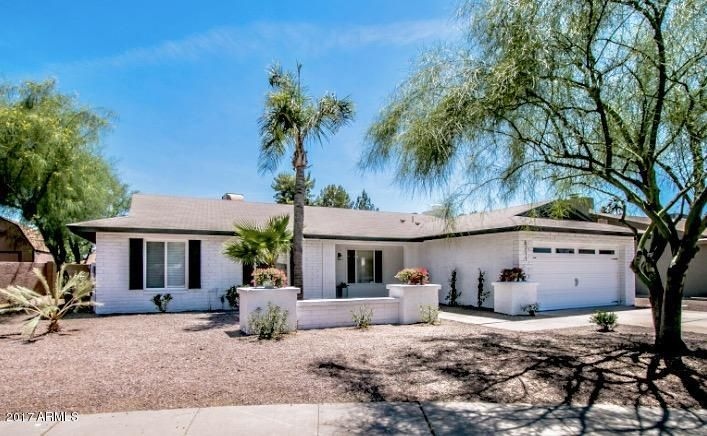 6211 E WINCHCOMB Drive, Scottsdale, AZ 85254