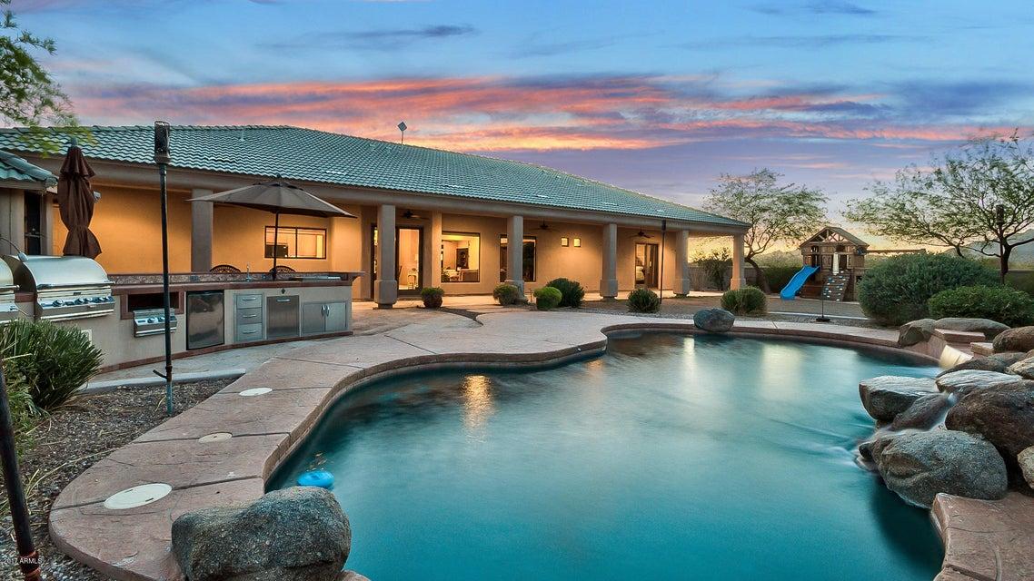 8211 N CALLE HERMOSA Circle, Casa Grande, AZ 85194