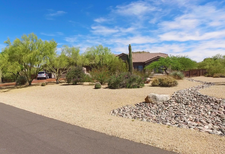 13 E TANGLEWOOD Trail, Phoenix, AZ 85085